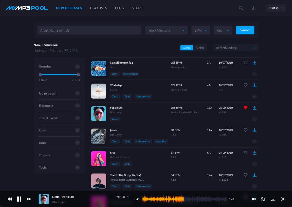 UI Dark Theme Screen