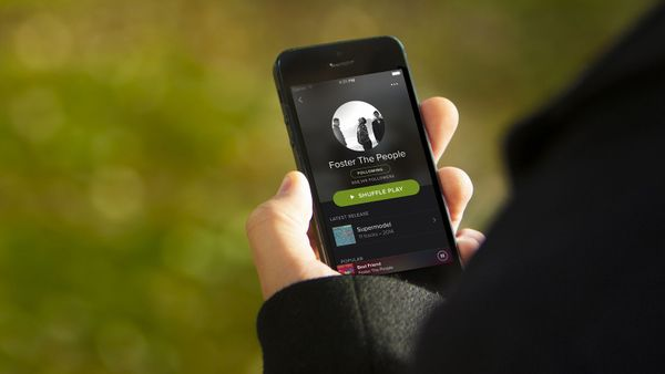 How to Build a Music Streaming App Like Spotify?